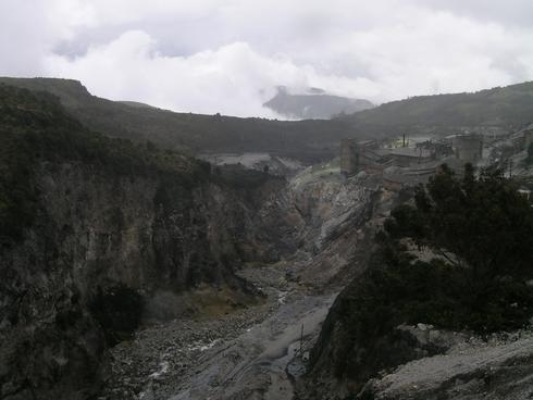 Sulfur mine in Colombia
