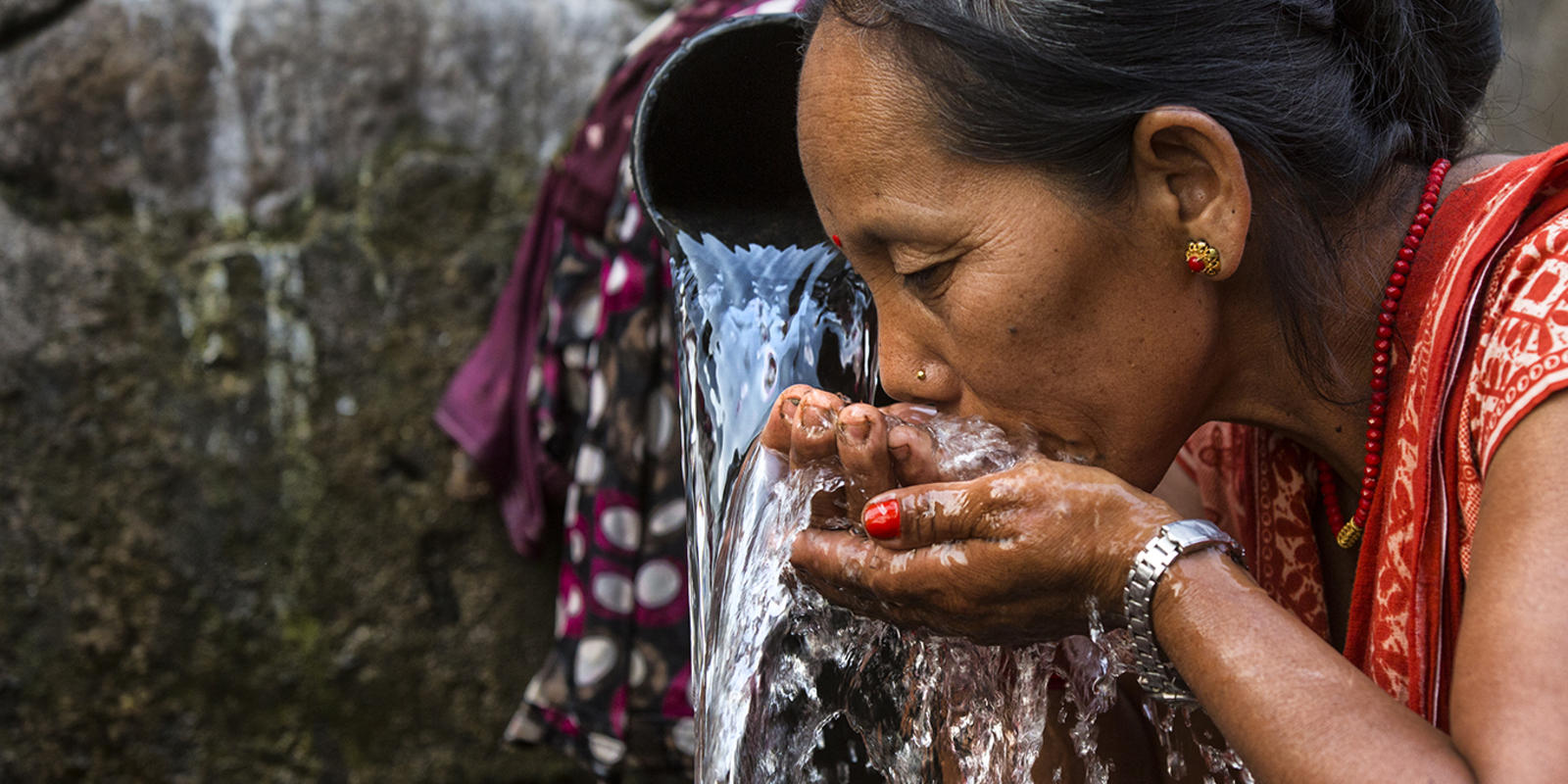 Adapting to climate change in nepal magazine articles wwf woman drinking water ccuart Gallery
