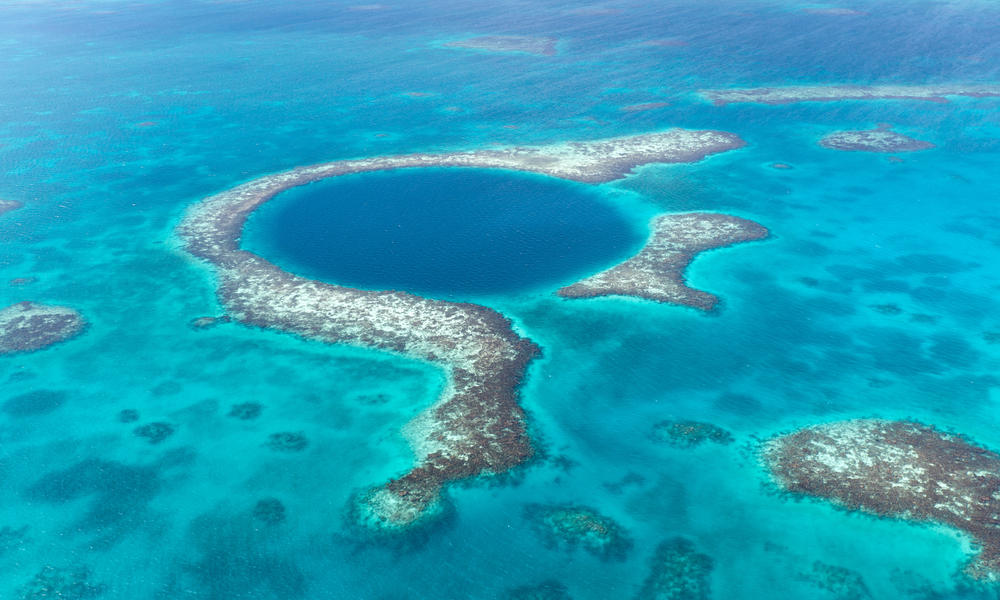 Blue hole monument in Belize.