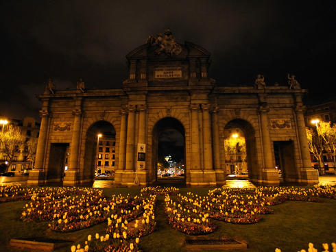 Puerta de Alcalá during Earth Hour in Madrid