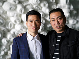 Brothers Song Lingyong and Song Lingyan, who run the Changzhou Weile Dyeing Company