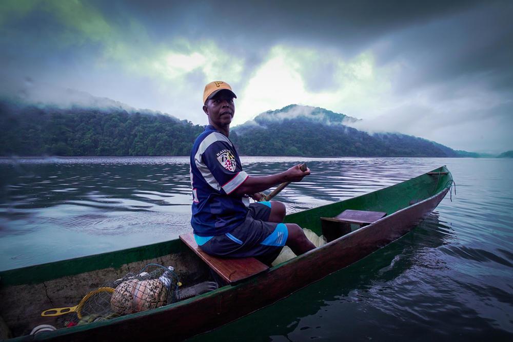 Colombia fisherman winter2017