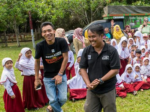 Samsuardi leads Mobile Education Unit
