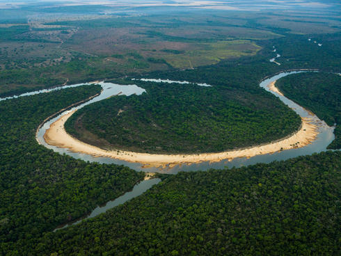 Amazon river bend