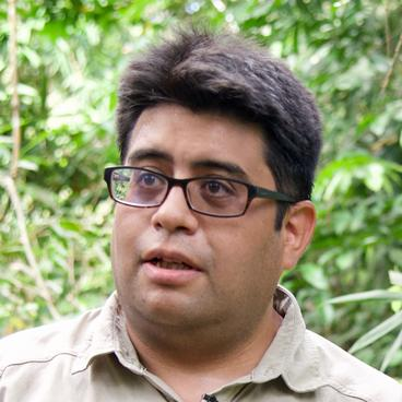 headshot of Dr. Carlos Zambrana-Torrelio