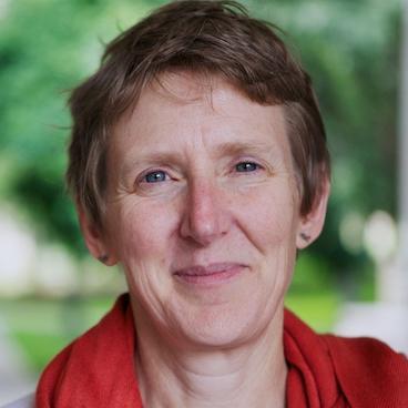 headshot of Dr. Susan Clayton