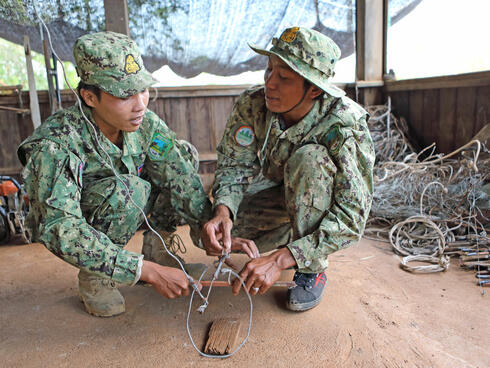 Rangers demonstrate a snare.
