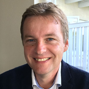Headshot of Carsten Smith-Hall
