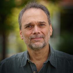headshot of Dr. Steve Osofsky