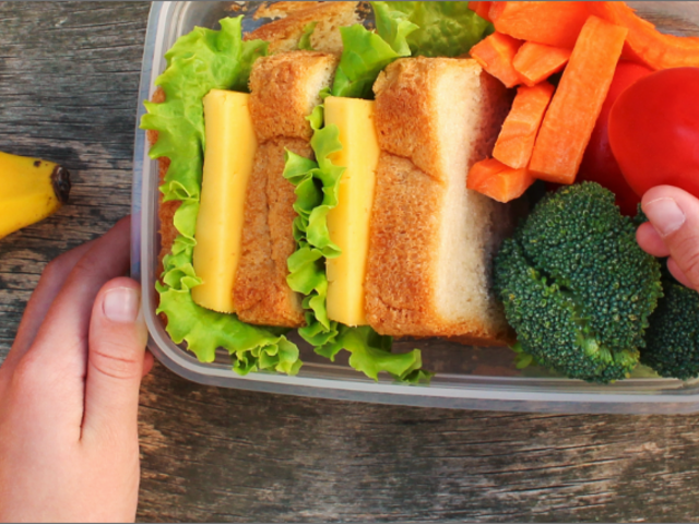 Unpacking a healthy lunch