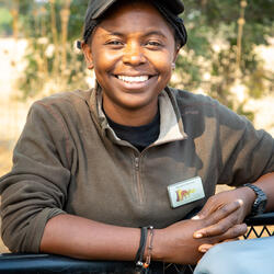 headshot of Thandiwe Mweetwa