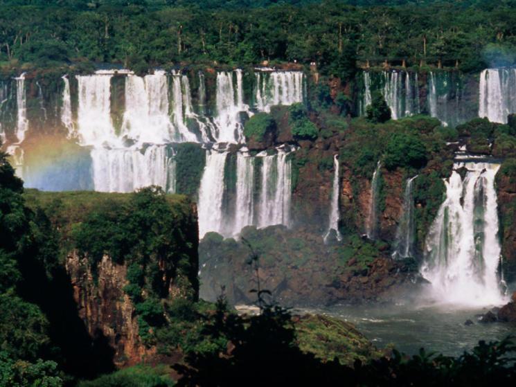 Iguacu_falls_%c2%a9_michel_gunther_-_wwf-canon