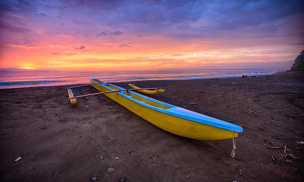 canoe costa rica