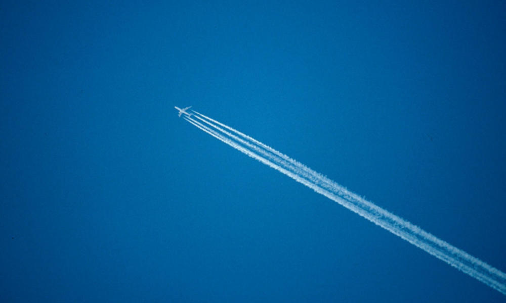 Aircraft and contrail