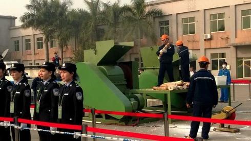 china crushes ivory