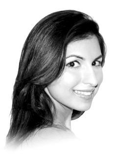 Kavita Shukla headshot