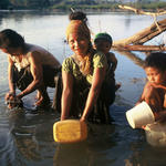 women gathering water